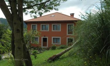 Apartamentos Casa Ines en Villaviciosa a 11Km. de Venta las Ranas