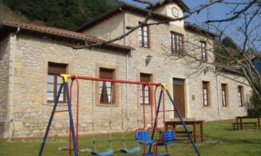 Apartamentos rurales La Escuela en Panes (Asturias)