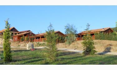 Casas de Campo Al Pie del Árbol en Mozoncillo de Juarros a 33Km. de Sotragero