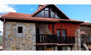 Apartamentos La Plazuela en Ramales de La Victoria (Cantabria)