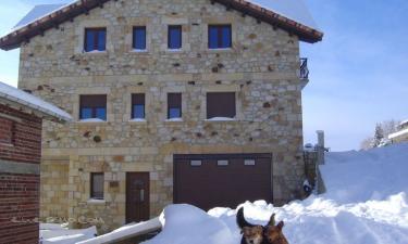 Apartamentos Rurales El Cueto en Prioro a 13Km. de Renedo de Valdetuéjar