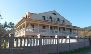 Apartamentos Cruceiro en Cangas a 20Km. de Camos