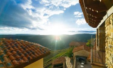 Apartamentos Rurales Sierra de Gudar en Gúdar a 54Km. de Escucha