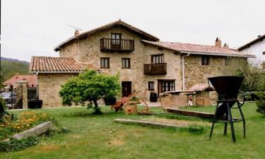 Casa Rural Gorbea Bide en Sarría (Álava)