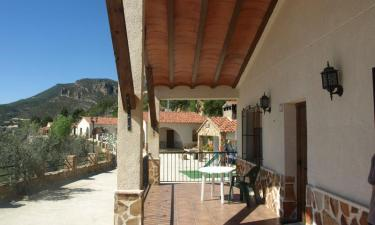 Casa Rural El Tejo en Yeste a 46Km. de Ayna