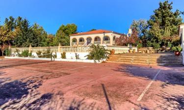 Villa Cándida en Villar de Chinchilla a 34Km. de Pozo-Cañada