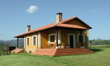 Casa Rural El Llanón de San Román en San Román a 2Km. de Candamo