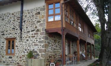 Casa Rural Casa de Aldea Los Llaureles en Cabranes (Asturias)