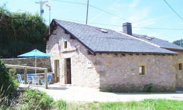Casa rural Albatros Viajero en Luarca a 25Km. de Ayones