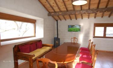 Casa Rural El Nogal y La Higuera en La Aldehuela a 11Km. de Piedrahíta