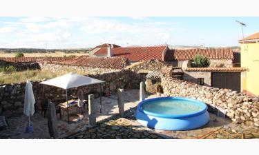 Casa Rural La Casona de Ortigosa en Manjabálago a 16Km. de Balbarda