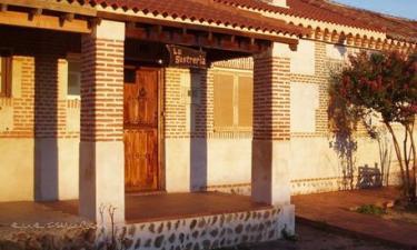 Casa Rural La Sastrería en Adanero a 34Km. de Marugán