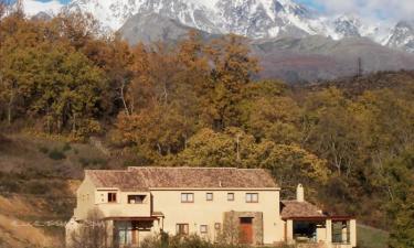Casa Rural Entreaguas en Villanueva de la Vera a 21Km. de Tiétar del Caudillo