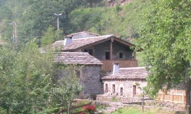 Casa Rural Molino de Yera en Vega de Pas a 40Km. de San Miguel de Aguayo