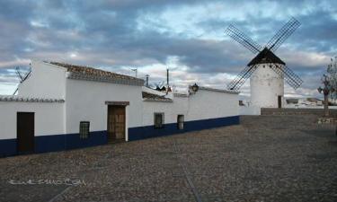 Casa Rural La Casa del Bachiller en Campo de Criptana a 59Km. de Pineda de Cigüela