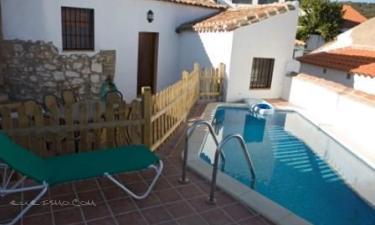 Casa Rural Aldealia - Dña Verónica en Los Morenos a 11Km. de Cañada del Gamo