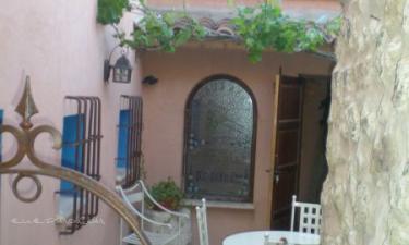 Casa Rural Las Carretas en Almodóvar del Pinar a 48Km. de Valverde de Júcar