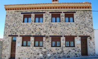 Casas rurales Mirador al Castillo en Paracuellos a 17Km. de Arguisuelas
