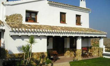 Casa Rural Dehesa de las Casas en Algarinejo a 22Km. de Montefrío