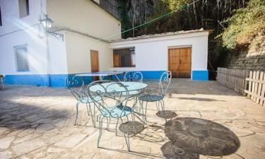 Casa Rural El Olivo-Alpujarra. en Cástaras a 16Km. de Mecina-Bombarón