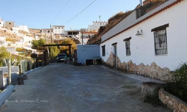 Cueva Kintero en Freila (Granada)
