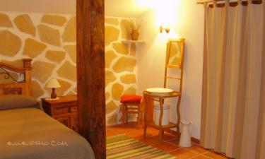 Casa Rural La Torre del Reloj en Horna a 36Km. de Laina