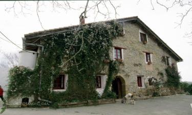 Casa Rural Sarasola-Zahar en Aizarnazabal a 6Km. de Zumaia