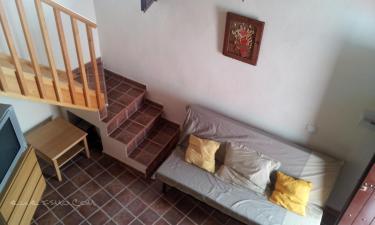 Casa la Pola en Linares de la Sierra a 12Km. de Castaño del Robledo