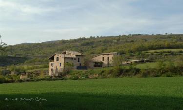 Casa Rural Casa Bernat en Arén a 53Km. de Les Avellanes i Santa Linya