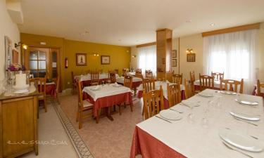Casa de Turismo Rural Casa Puyuelo (Habitaciones)  Casa de Turismo Rural Casa Puyuelo (Habitaciones)