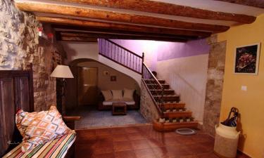 Casa Rural Tres Regiones en Ontiñena a 62Km. de Albelda