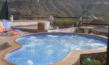 Casa Rural Cueva Romero en Cortijo Nuevo a 37Km. de Andújar