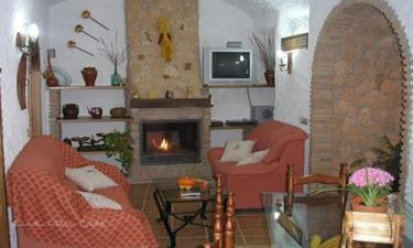 Casa Rural Cueva Arroyo Molino en Hinojares (Jaén)