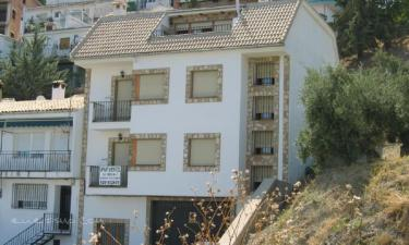 Apartamentos La Iruela 2 en La Iruela a 17Km. de Nava de San Pedro