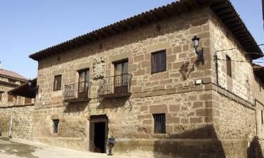 Casa Solariega Señorio de Moncalvillo en Sotés (La Rioja)