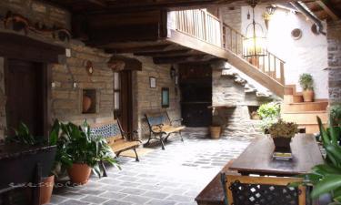 Casa Rural El Candil 1-2-3 en Cacabelos a 25Km. de Yeres