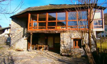 Casa Rural El mirador de Orallo en Orallo a 23Km. de Pola de Somiedo