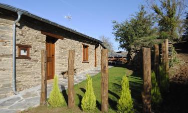 Casas de Outeiro en Samos (Lugo)