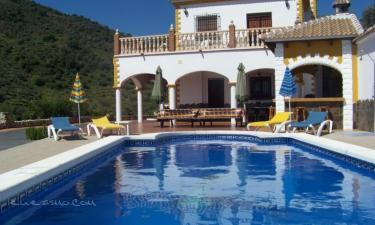 Villa Javier en Sayalonga a 5Km. de Algarrobo