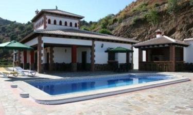 Villa Alejandro en Sayalonga a 5Km. de Algarrobo