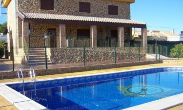 Casa Rural La Masía en Fortuna a 44Km. de La Romana