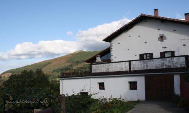 Casa Rural Simonen Borda en Arantza a 14Km. de Bera/Vera de Bidasoa