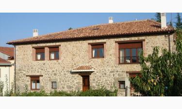 Casa Rural Bosquehonfria en Linares de Riofrío a 29Km. de Vecinos