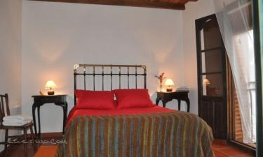 Casa Rural El Aguamanil en Villanueva del Conde a 2Km. de Garcibuey