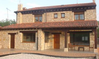 Casa Rural Valleduratón en San Miguel de Bernuy a 11Km. de Pecharroman