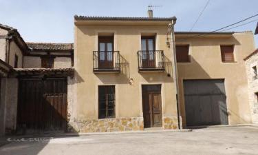 Casa Rural de la Abuela Rufa en Fuenterrebollo a 21Km. de San Pedro de Gaíllos