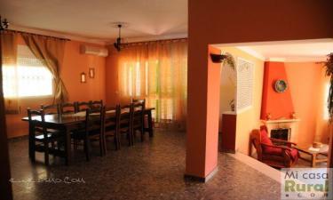 Casa Rural  Luna del Castillo en El Coronil a 26Km. de Utrera