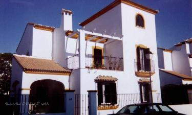 Casa Martins Amat en Sanlúcar la Mayor a 29Km. de Hinojos