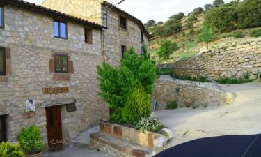 Casa Rural La Carrasca en Valderroman a 37Km. de Fuentecambrón