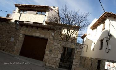 Casa Rural el Olmo en Gúdar a 15Km. de Villarroya de los Pinares